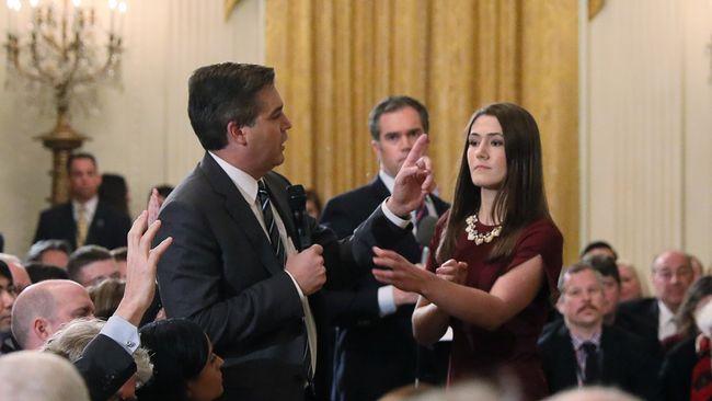 Vita Huset anklagas för att sprida manipulerad video