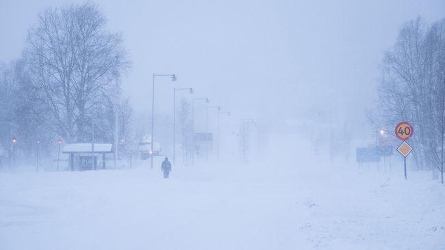 SMHI varnar för storm – klass 2-varning i hela norra Sverige