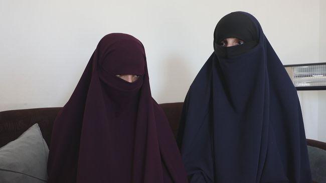"""""""Vi har rätt att komma tillbaka"""" – SVT har träffat IS-svenskarna"""