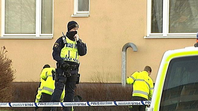 Polisen minskar avspärrningarna i Hageby