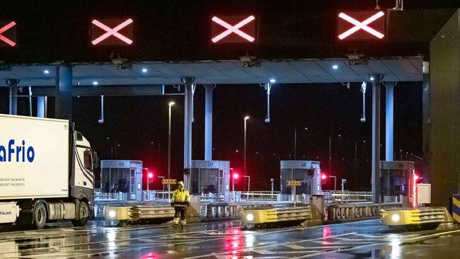 Öresundsbron stängd på grund av oväder