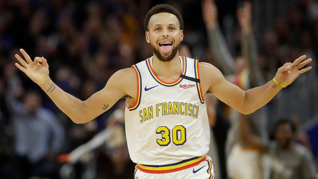 23 poäng av Stephen Curry i comebacken