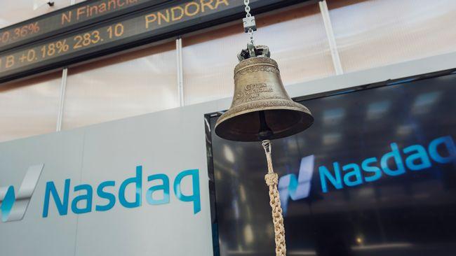 Stockholmsbörsen rasar 10 procent
