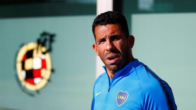 Tevez vill att fotbollsspelare hjälper till mer