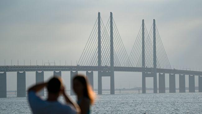 Danmark öppnar gränsen för skåningar