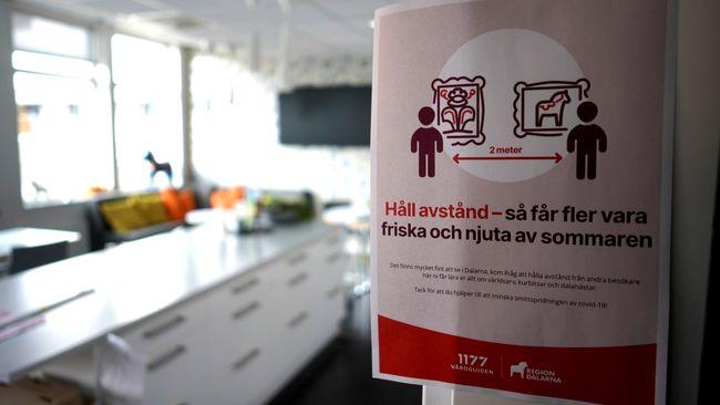 Trångt bland turister i Dalarna – håller inte avstånd