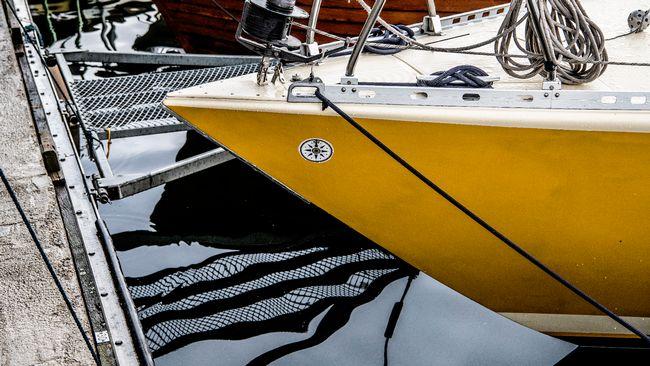 Färre båtar i gästhamnarna – fler svenskar är ute och seglar