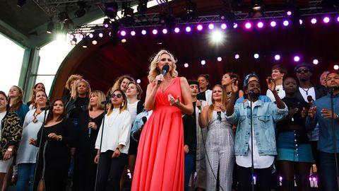 Sanna Nielsen med Tensta Gospel Choir.