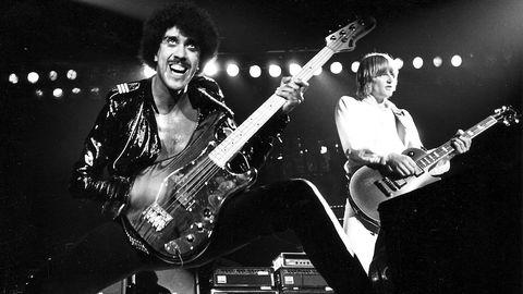 Phil Lynott (t v) och Snowy White, Hovet, Stockholm 1980.