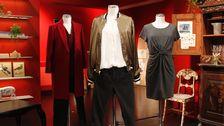Docka 2: Kort jacka, Zara. Blus, Lindex. Jeans, Lindex.