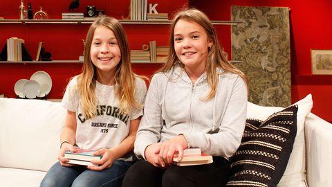 Rut Sandström och Thea Dahlgren tipsar om bra böcker.