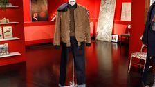 Beige jacka (H&M). Collegetröja (H&M). Skjorta (H&M). Jeans (Diesel).
