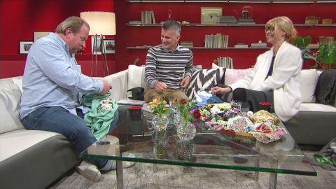 Claes Malmberg, Pekka Heino och Marie Teike brister ut i skratt.