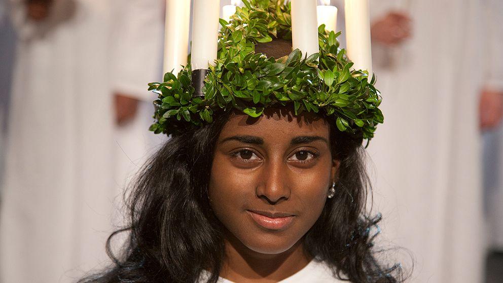 Lucia är 14-åriga Astrid Cederlöf.