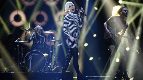 """Dismissed sjunger """"Hearts Align"""" i Melodifestivalen 2017."""
