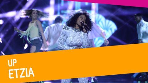 """Se Etzia sjunga """"Up"""" i Melodifestivalen 2017."""