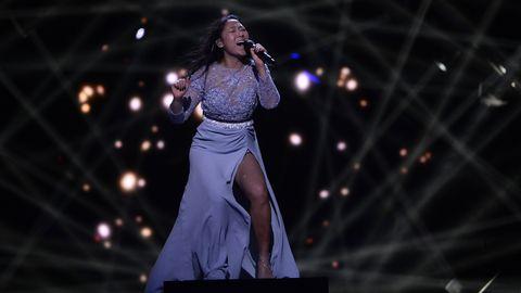 """Alice repeterar """"Running With Lions"""" inför Melodifestivalen 2017."""