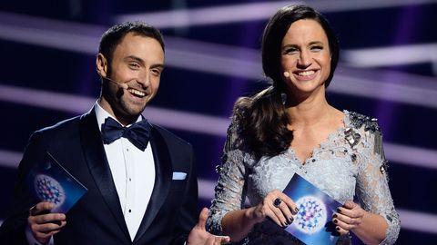 Måns Zelmerlöw och Petra Mede i Eurovisions andra semifinal 2016.