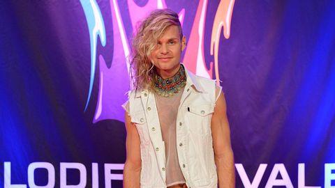 Midnight boy tävlar i Melodifestivalen 2015.
