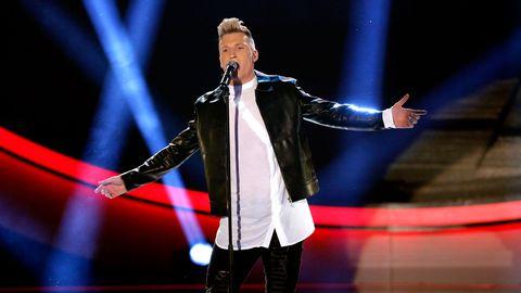 Axel Schylström slutade fyra i Idol 2015. Nu gör han debut, både som artist och låtskrivare, i Melodifestivalen 2017.