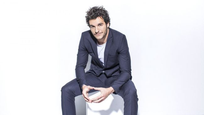 Amir tävlar för Frankrike i Eurovision 2016.