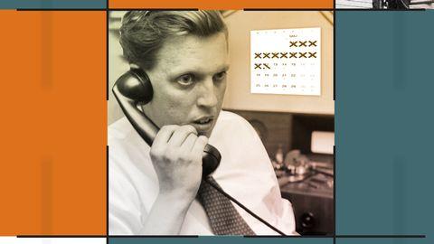Grafik innehållande en bild på en man i telefon.