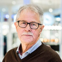 porträtt av Sverker i galleria