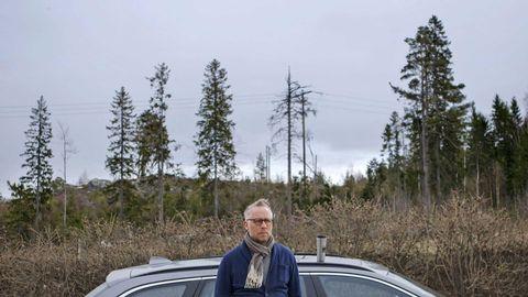 Journalisten och författaren Po Tidholm reser runt på Sveriges landsbygd