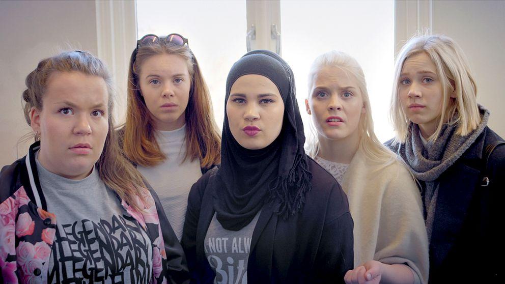 Eva, Chris, Sana, Vilde och Noora i Skam.