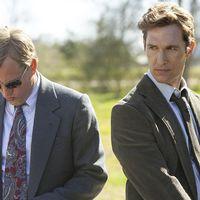 Martin Hart (Woody Harrelson) och Rustin Cohle (Matthew McConaughey) i True detective.