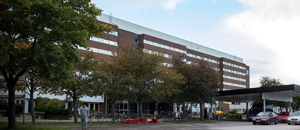 Fick besked om hjärntumör först efter tre år – Sundsvalls sjukhus kritiseras