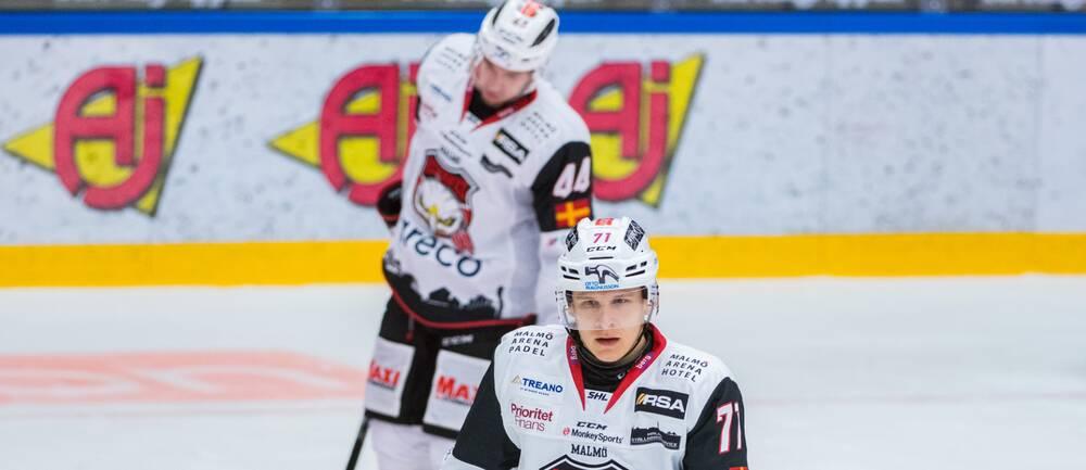 Malmö Redhawks Jan-Mikael Järvinen deppar efter 3-1 målet under ishockeymatchen i SHL mellan Oskarshamn och Malmö Redhawks den 24 oktober 2020 i Oskarshamn.