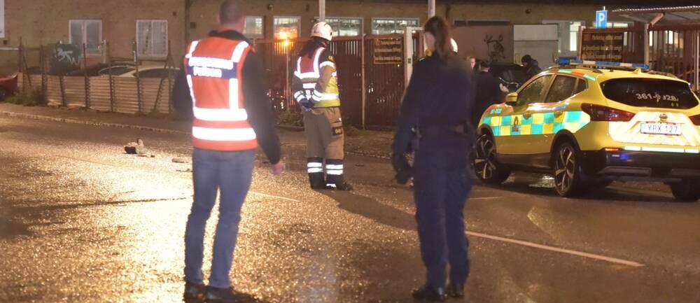 olycksplats på Norra Grängesbergsgatan, polisbil
