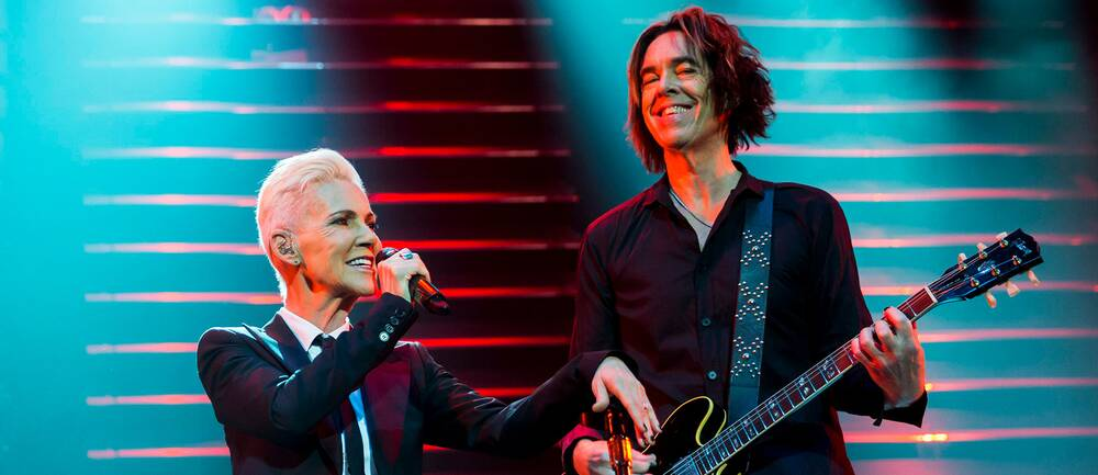Marie Fredriksson och Per Gessle på scen tillsammans 2015. Hör Per Gessle berätta om nya samlingsalbumen i klippet.