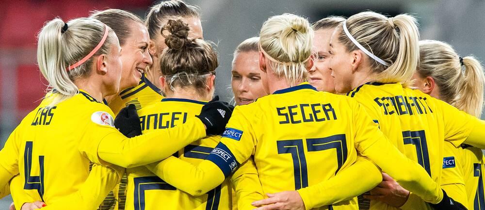 Sverige jublar efter 2–0 mot Slovakien