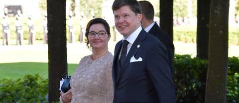 Talmannen Andreas Norlén (M) med fru Helena anländer till riksdagshuset inför riksmötets öppnande.