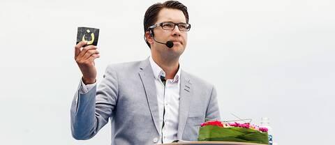 Jimmie Åkesson (SD) under sitt sommartal i Sölvesborg