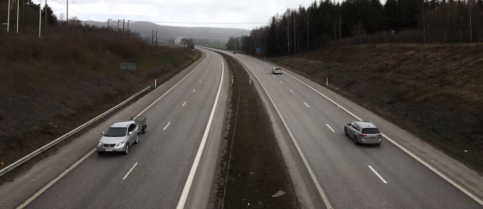 Öst Norrköping Motorväg E4 vinter april