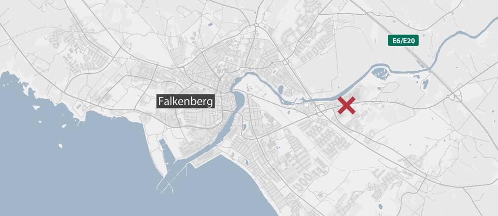 Krysset markerar olycksplatsen.