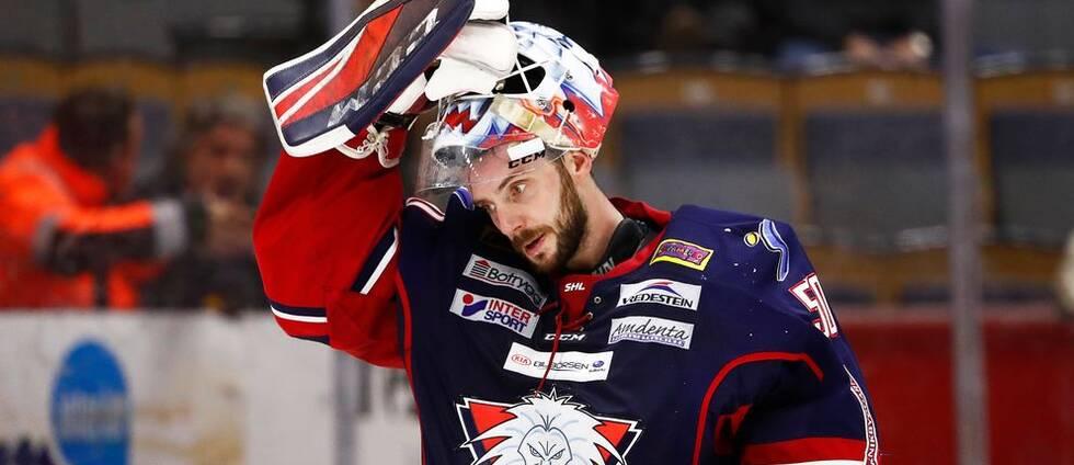 """Jonas """"Monstret"""" Gustavsson hade en mardrömskväll mot Örebro. Linköpings målvakt byttes ut efter bara nio minuter. Men LHC vände och vann."""