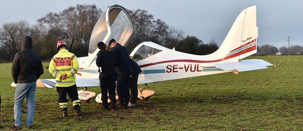 Ett ultralätt flygplan fick motorhaveri och tvingades nödlanda mellan Helsingborg och Ängelholm.