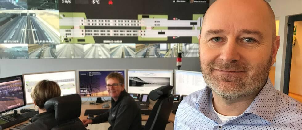 Jopas Wulff är chef för trafikledning på Öresundsbron i trafikledningens kontrollrum