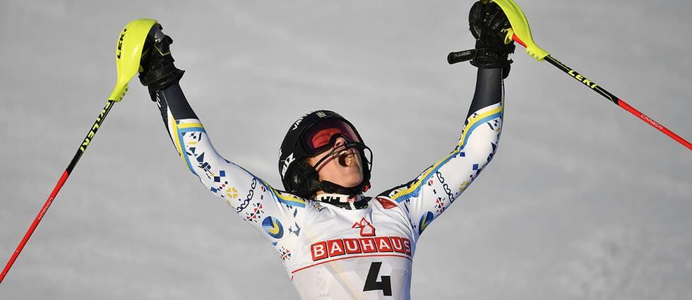 Anna Swenn-Larsson jublar efter sitt silver-åk.