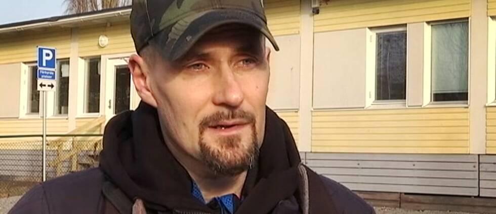 Fritidsgårdsföreståndaren Mats Rosqvist känner sorg över att vakna upp i Bro idag.