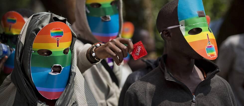 Kenyanska aktivister protesterar mot de lagar som kriminaliserar homosexualitet.