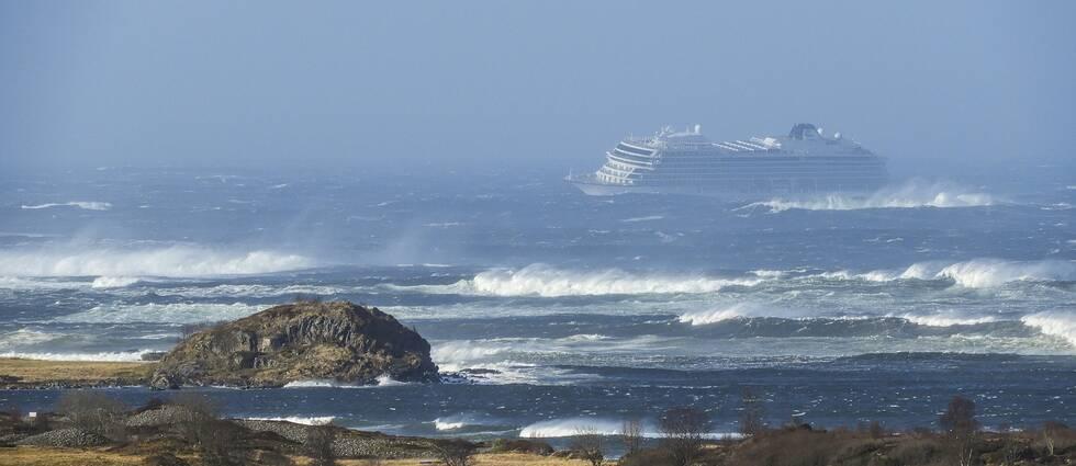 Fartyget fick motorproblem i det svåra vädret.
