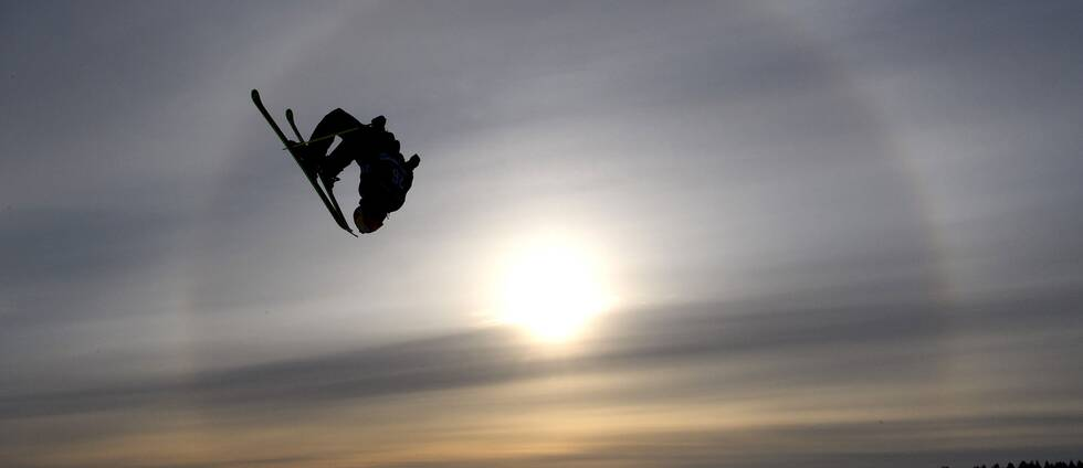 This picture is part of Bildbyrån's selection of the 100 best sports photos from 2018. Originally published 20180320. Jesper Tjäder, ÖFS, competes in free skiing big air qualification during day one of the Swedish Championships on March 20, 2018 in Skellefteå.