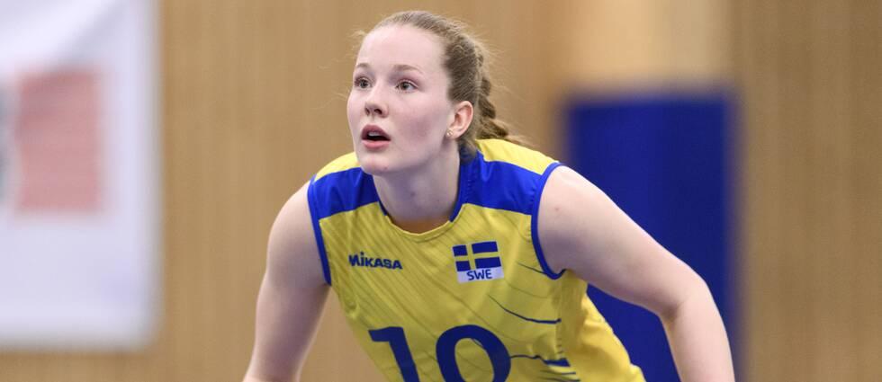 En överansträngd axel sätter stopp för Golden League-spel för Isabelle Haak.