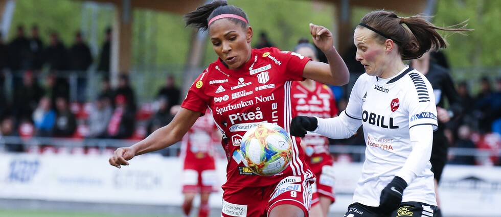 Svenska landslagsspelaren Madelen Janogy stack ut.