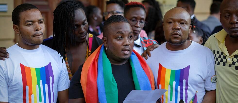 Representanter för Kenyas hbtq-grupper efter domstolens besked.